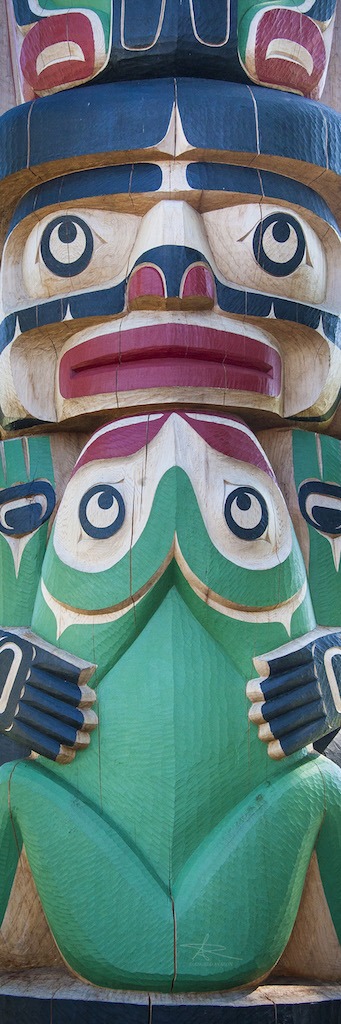 Angelo Avlonitis Chief Maker and Frog Totem Pole