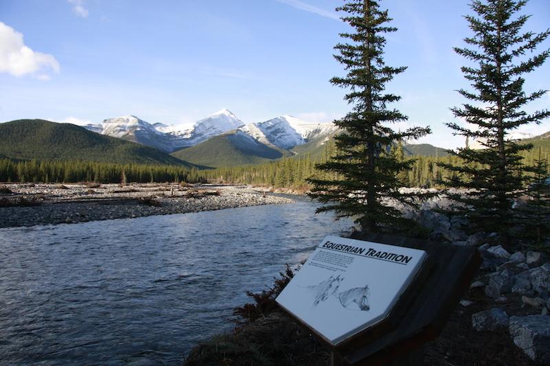 Bragg Creek , Alberta ...